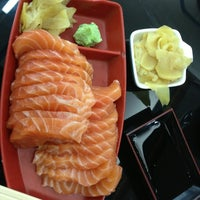 Photo taken at Sushi Redentor by Caio B. on 4/2/2013