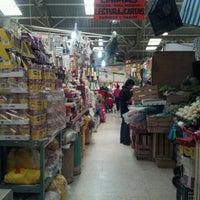 Photo taken at Mercado 24 de Agosto by Ricardo G. on 12/29/2012