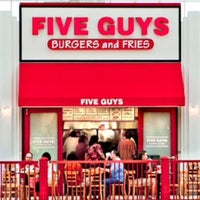 Photo taken at Five Guys by Nour M. AlGh on 12/13/2013