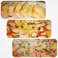 Photo taken at Narai Pizzeria by TiPP N. on 7/23/2013