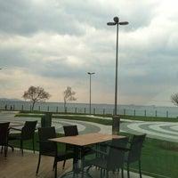 Photo taken at Çatladıkapı Sosyal Tesisleri by Sabri Ç. on 3/23/2013