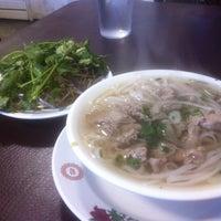Photo taken at Hien Vuong Restaurant by Stanley H. on 2/15/2013