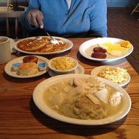 Photo taken at Cracker Barrel Old Country Store by Alana S. on 3/19/2013