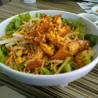 Photo taken at Super Salads by Nelson O. on 3/5/2013