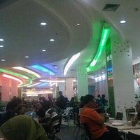 Photo taken at Tamansari Food Court by Ardhi M. on 5/4/2013