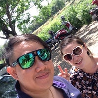 Photo taken at ก๋วยเตี๋ยวห้อยขา ป้ากฐิน เจ้าเก่า พ.ศ.2500 by Noombluewing S. on 7/18/2016