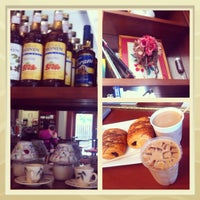Photo taken at BeanGood: The Coffee Pub by Elina S. on 6/22/2013