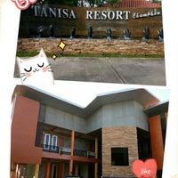 Photo taken at Thanisa Resort by เพชรเจริญ ต. on 3/12/2016