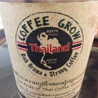 Photo taken at Yoddoi Coffee & Tea by Konglover U. on 2/1/2014