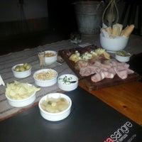 Photo taken at Pura Vida Juice Bar by gugga V. on 1/12/2013