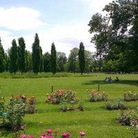Photo taken at Parc de la Tête d'Or by ÖzLm A. on 6/15/2013