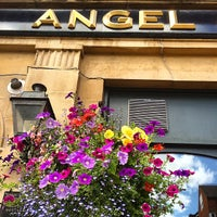 Photo taken at Angel & Greyhound by Bandy M. on 8/3/2014