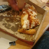 Photo taken at Pizza Hut by SerGio R. on 6/18/2016