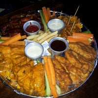 Photo taken at Buffalo Wings by Fabiola Q. on 3/1/2013
