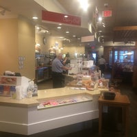 Photo taken at Bob Evans Restaurant by Leslie Lynnton F. on 11/30/2014