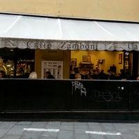 Photo taken at Caffè Zamboni by Juliano Marco Z. on 11/8/2013