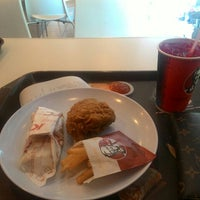 Photo taken at KFC by tudungterbang on 9/2/2015