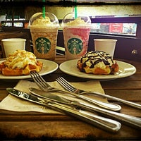 Photo taken at Starbucks Coffee by Robyn R. on 11/13/2012