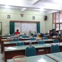 Photo taken at SMP Negeri 1 Bandung by hendri on 4/2/2013