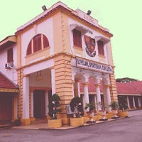 Photo taken at Sultan Abdul Hamid College by Syarifah W. on 5/18/2013