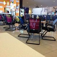 Photo taken at 11• Sports Cafe by Lela R. on 5/30/2014