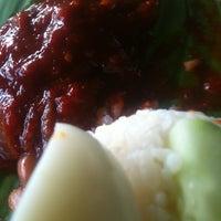 Photo taken at Restoran Rossham Canai by .Pokan .. on 4/24/2013