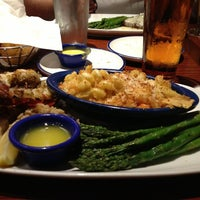 Photo taken at Red Lobster by Elias A. on 4/11/2013