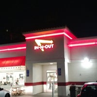 Photo taken at In-N-Out Burger by Hamad H. on 3/21/2013