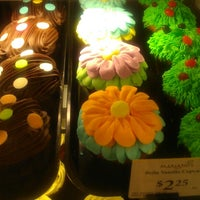 Photo taken at Mariano's Fresh Market by Maria R. on 3/31/2013