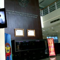 Photo taken at KPP Bea dan Cukai Tipe Madya Pabean Tangerang by Matt N. on 8/3/2011