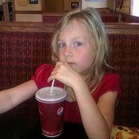 Photo taken at Pizza Hut by Janice B. on 11/26/2011