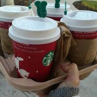 Photo taken at Starbucks by Bonnie E. on 11/18/2011