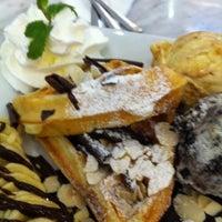 Photo taken at iberry Fruit Café by Arunpaka M. on 1/5/2012