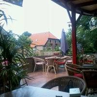 Photo taken at Hotel Restaurant Café Steakhouse Boschzicht by Allert K. on 8/15/2012