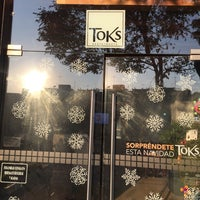 Photo taken at Toks by Chavo L. on 1/7/2017