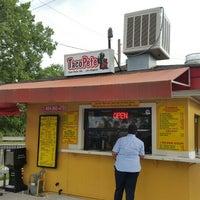 Photo taken at Taco Pete by Syon on 7/21/2015