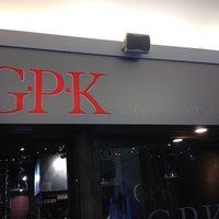 Photo taken at GPK (Gourmet Pizza Kitchen) by Warren H. on 1/20/2014