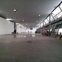 Photo taken at Terminal de Ómnibus de Córdoba by Wanakoide3.5 on 3/16/2013