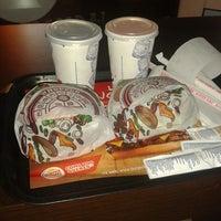 Photo taken at Burger King by Ser G. on 5/16/2013