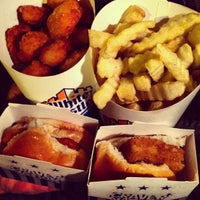 Photo taken at White Castle by Sumit 'DulhanExpo' A. on 7/17/2013