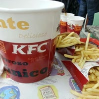Photo taken at KFC by Vinicius D. on 11/18/2012