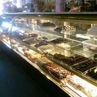 Photo taken at Humble Sweet Shoppe by Catherine R. on 6/29/2013