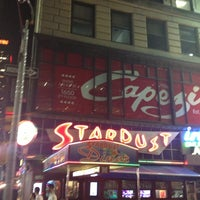 Photo taken at Ellen's Stardust Diner by Enrique A. on 5/22/2013