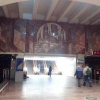Снимок сделан в Метро «Площадь Ленина» пользователем Maria P. 6/2/2013