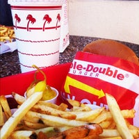 Photo taken at In-N-Out Burger by Waldemar W. on 10/28/2012