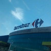 Photo taken at Carrefour by Kadu B. on 3/10/2014