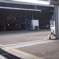 Photo taken at Honda Pacific Motor (Dealer Mobil Honda) by Deny C. on 2/10/2014