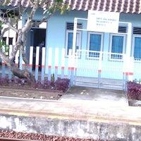 Photo taken at Stasiun Wates by Tunggul W. on 5/9/2013
