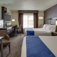 Photo taken at Holiday Inn Express & Suites Meadowlands Area by Holiday Inn Express & Suites M. on 9/30/2014