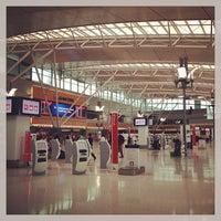 Photo taken at T3 Qantas Domestic Terminal by Ozverusha on 1/20/2013